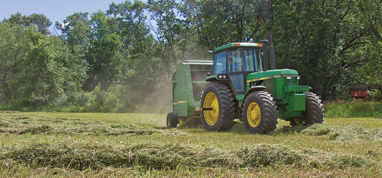 Get your round baler ready for spring | Hay and Forage Magazine